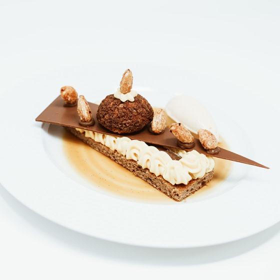 Saint-Honoré caramel beurre salé, crème de marron orangé glace vanille
